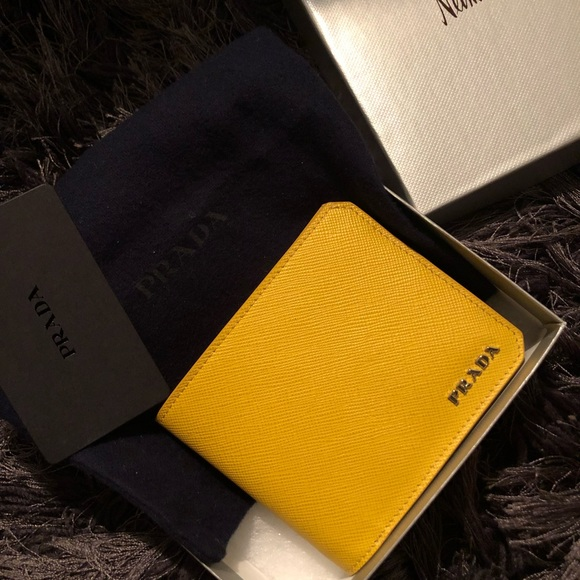 d817b547675010 Prada Bags | Brand New Wallet 100 Authentic | Poshmark